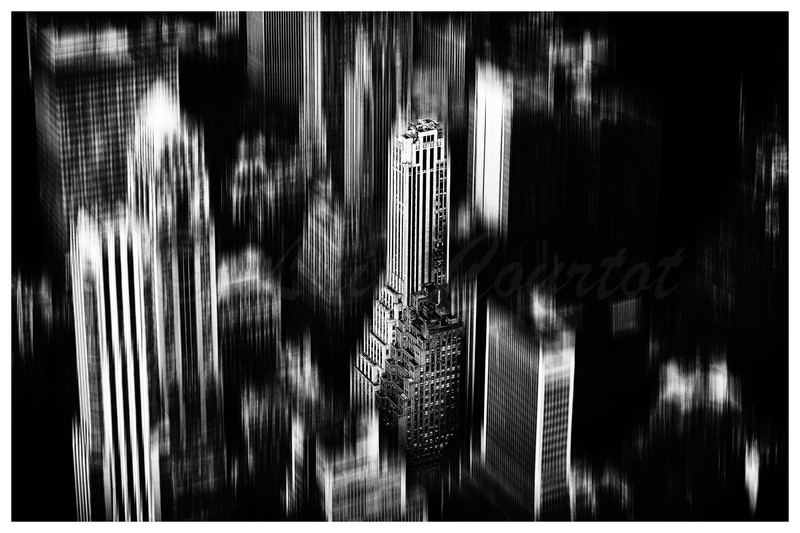 NewYork-0622distor1-B&W_.jpg