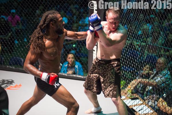 Amar Short vs Chris Gaither