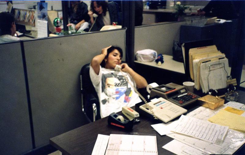 1987 12 15 - Seaman's Furniture 009.jpg