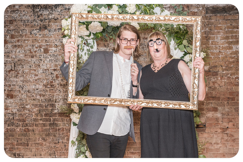Laren&Bob-Wedding-Photobooth-96.jpg