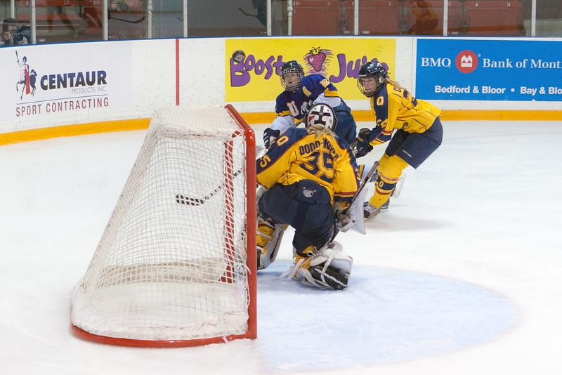 20130310 QWHockeyvsUBC 696.jpg