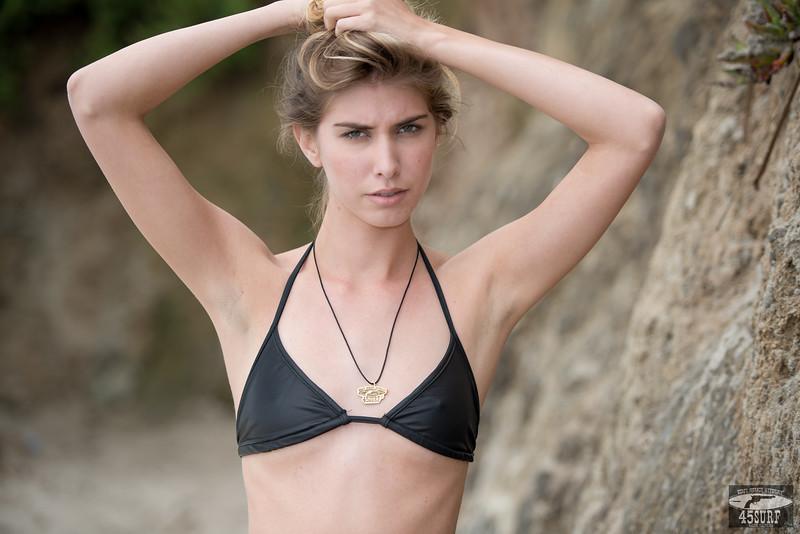 Nikon D800E Photos of Tall, Thin Bikini Swimsuit Fitness Model Goddess! Nikkor 70-200mm F/2.8 VR2 Lens
