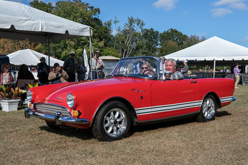 1967 Sunbeam Tiger Mark II-1.jpg
