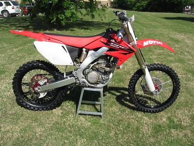 2007_04_15 Honda CRF250R 2006