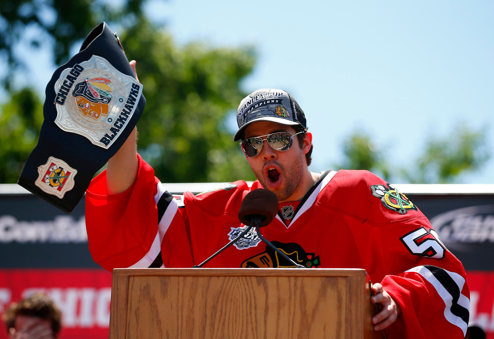 . Chicago Blackhawks goalie Corey Crawford addresses the crowd during a rally at Hutchinson Field in Grant Park in Chicago June 28, 2013. The Blackhawks defeated the Boston Bruins to win the 2013 NHL Stanley Cup Championship.   REUTERS/Jeff Haynes