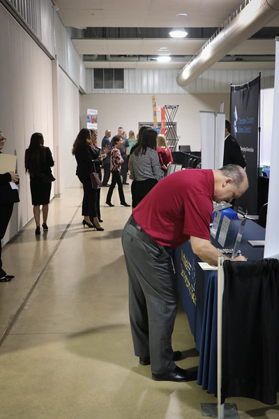 2019_EducationCareerFair-18.jpg