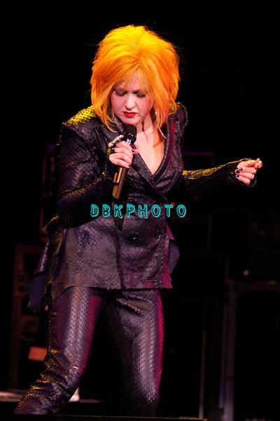 DBKphoto - Cyndi Lauper 12/10/2010