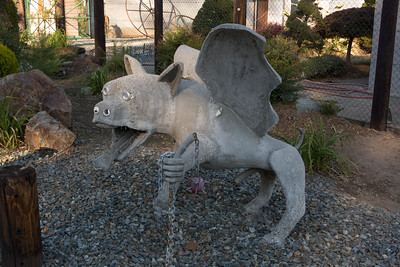 2015_09_27_Gargoyle/Outsider art house in Williams Oregon