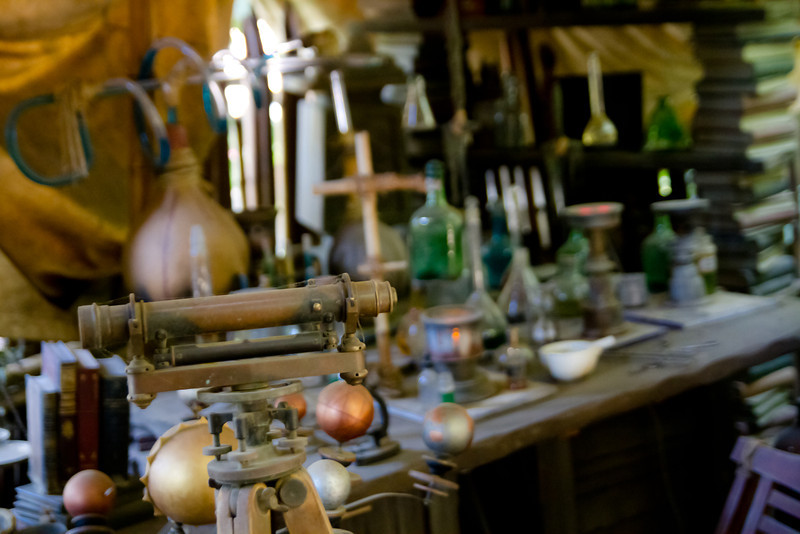 Archimedes Q Porter's Lab in Tarzan's Treehouse