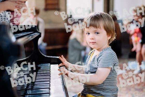 © Bach to Baby 2018_Alejandro Tamagno_Victoria Park_2018-07-11 039.jpg
