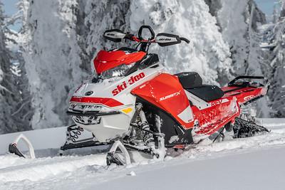 2020 Ski-Doo Summit X with Expert Pkg.