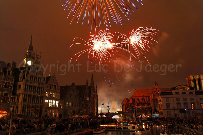 Fireworks, shot from the St Michielsbrug (St Michael's bridge) in Ghent (Gent), Belgium, end the OdeGand festivities.