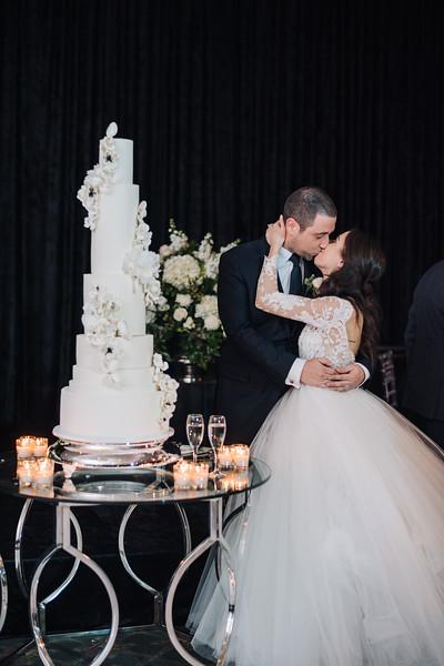 2018-10-20 Megan & Joshua Wedding-1014.jpg
