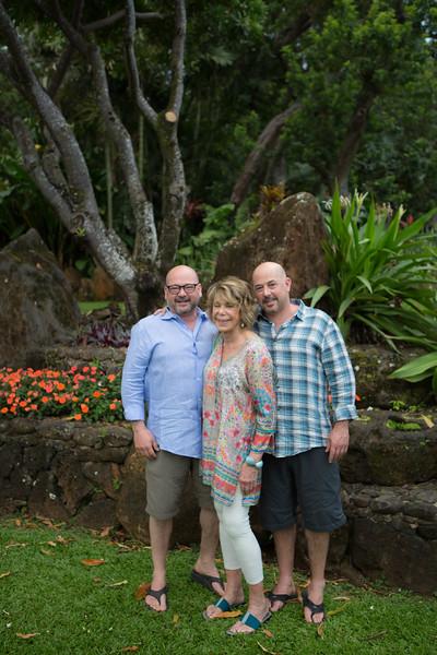 kauai-family-portraits-2.jpg