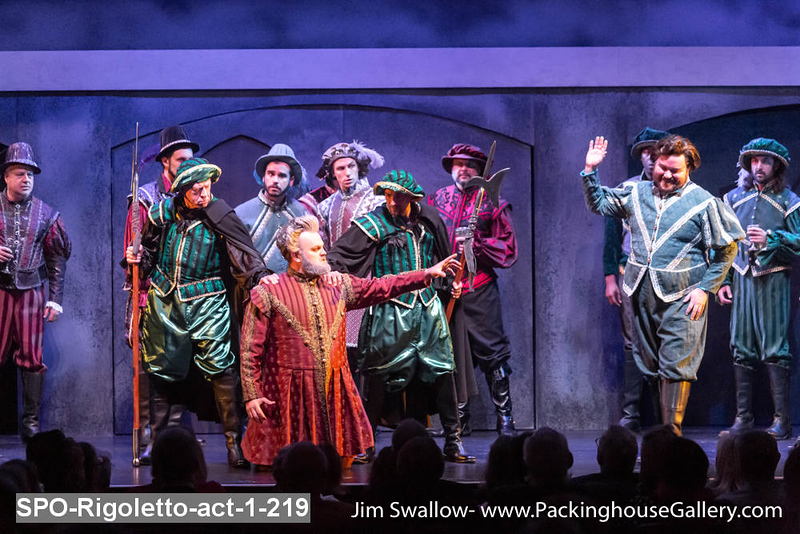 SPO-Rigoletto-act-1-219.jpg