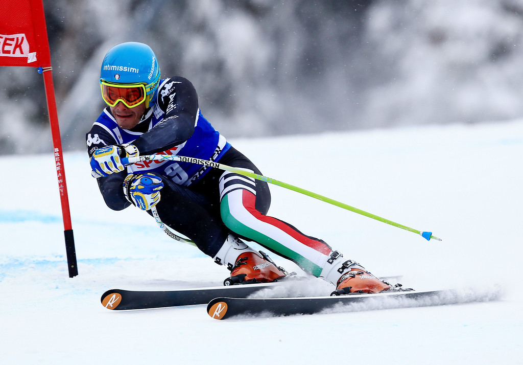 . Christof Innerhofer of Italy in action during the 2013 Audi FIS Beaver Creek World Cup Men\'s Super G race on December 7, 2013 in Beaver Creek, Colorado.  (Photo by Doug Pensinger/Getty Images)