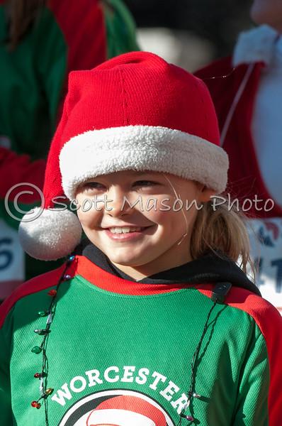 Worcester Jingle 5k Kids Race and 5k Start