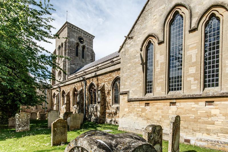 Haddenham, The Holy Undivided Trinity