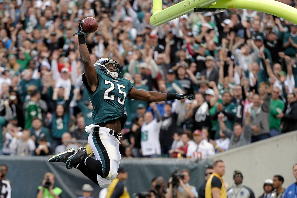 . Philadelphia Eagles running back LeSean McCoy celebrates his touchdown during the first half of an NFL football game against the Washington Redskins in Philadelphia, Sunday, Nov. 17, 2013. (AP Photo/Michael Perez)