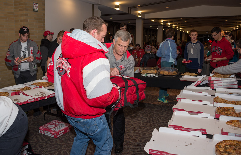 141203_Pizza_Party_022.jpg