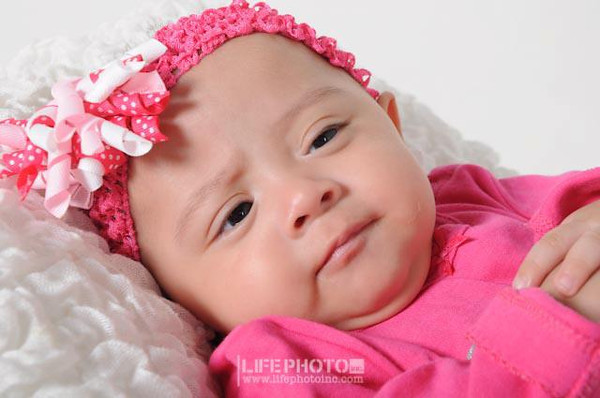 Ashley 5 meses (fotos de estudio)