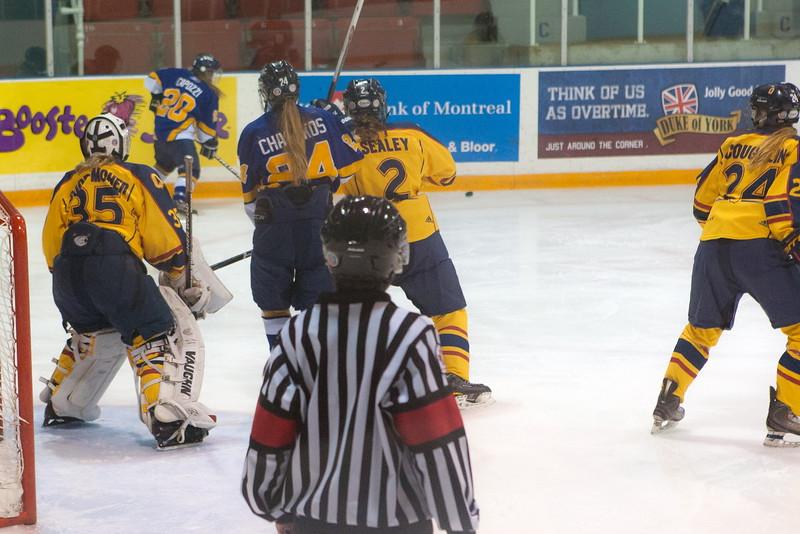 20130310 QWHockeyvsUBC 252.jpg