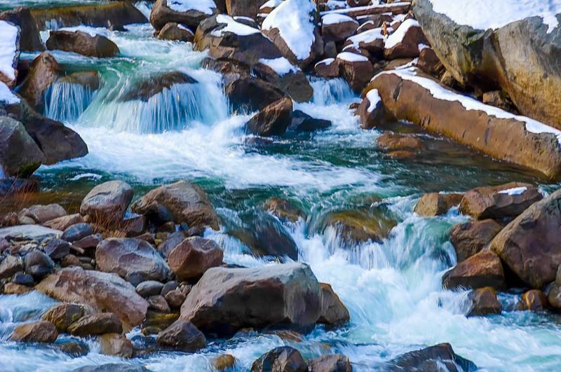 Yosemite_River-1.jpg