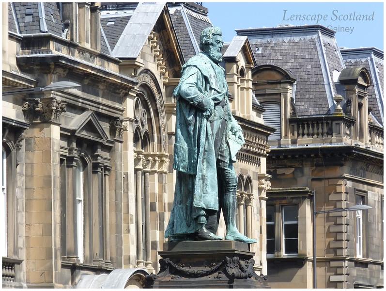 William Chambers statue, Chambers Street (1)
