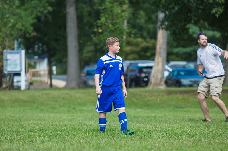 zach fall soccer 2018 game 2-5.jpg