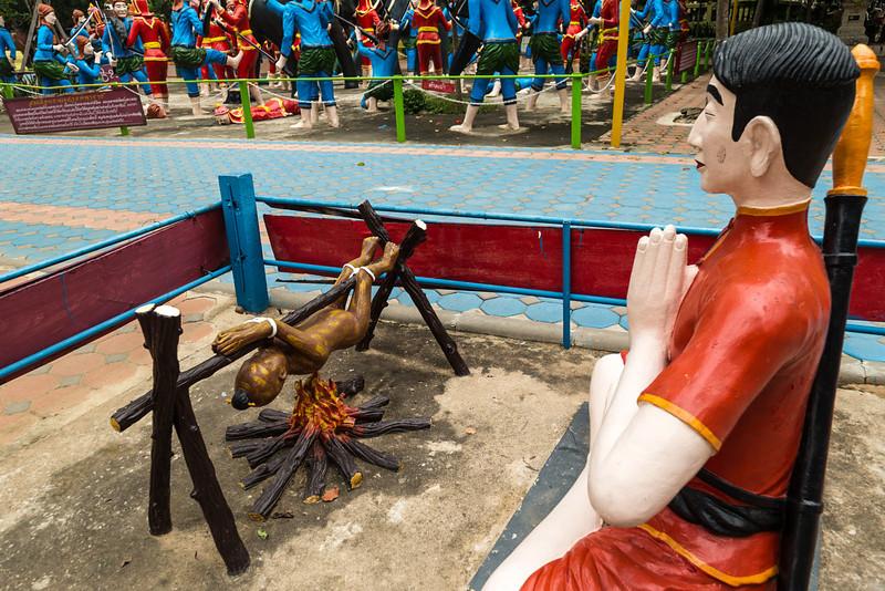 Wat Muang_Ayutthaya (26 of 52).jpg