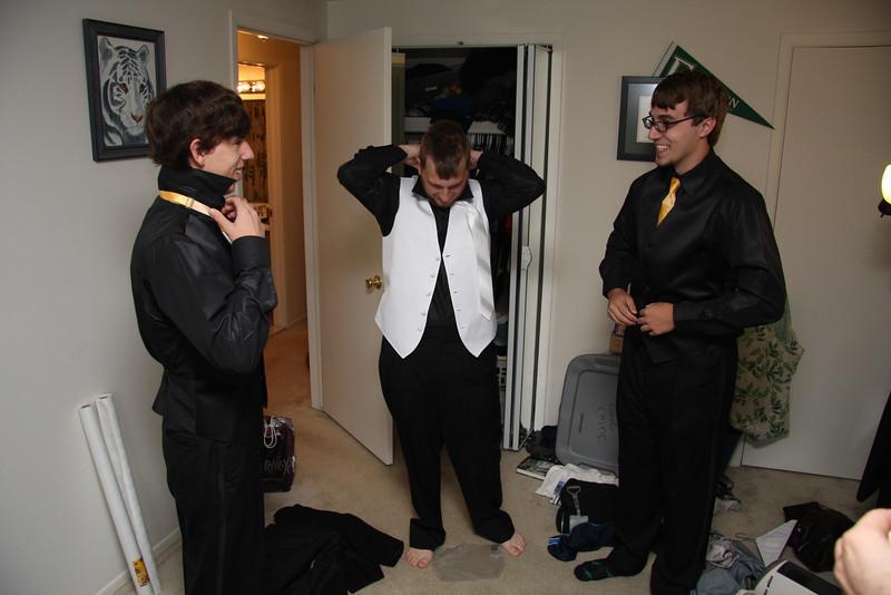 Guys Getting Ready (13).JPG