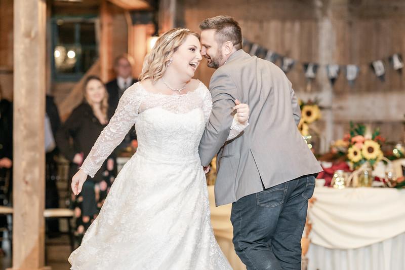 Emily_Darin_Wedding_October_12_2018_Ashley_Farm_Yorkville_Illinois-302.jpg