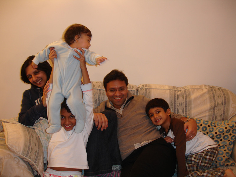 swati and kids in London 2008 124.JPG
