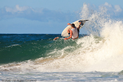 Surfing Burleigh in beautiful afternoon light. Photos by Des Thureson:  http://disci.smugmug.com