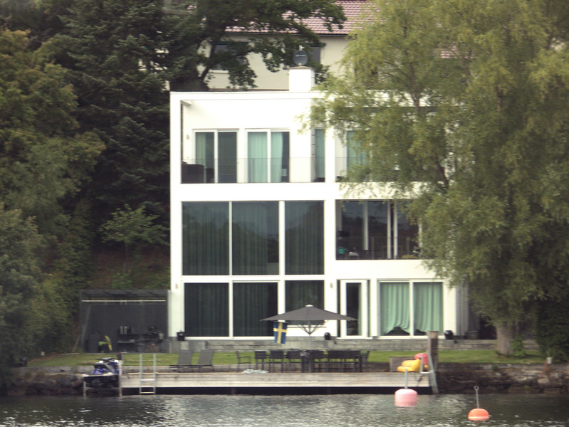 D5-Waterfront Contemporary.jpg