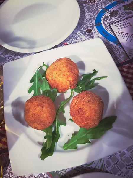 rome first meal arancini bad.jpg