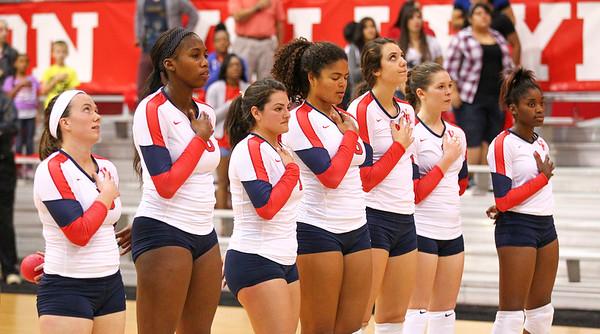 UH Volleyball vs Cincinnati 2014
