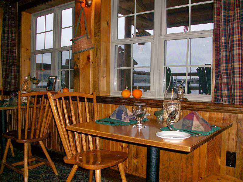 Lakeside dining at the Rainbow Grille.