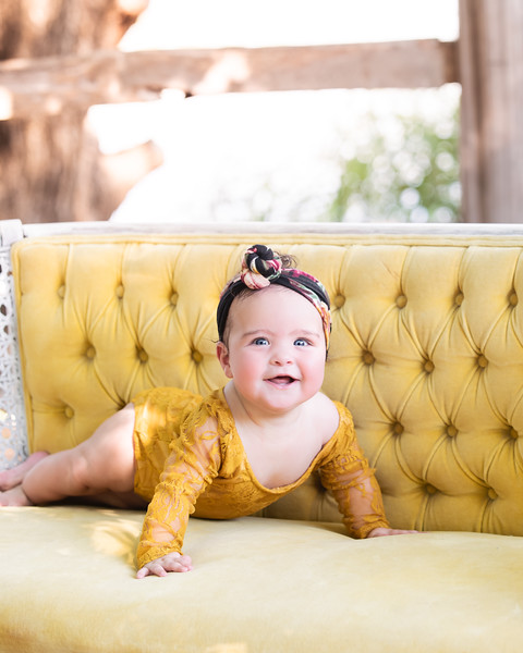 Penelope 6 months 002.jpg