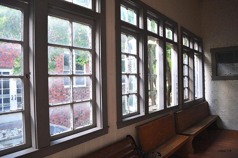 empty benches 9-4-2009.jpg