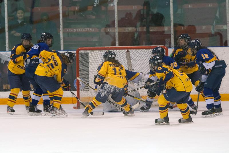 20130310 QWHockeyvsUBC 720.jpg