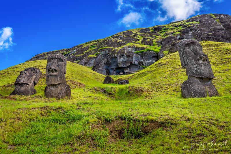moai3.jpg