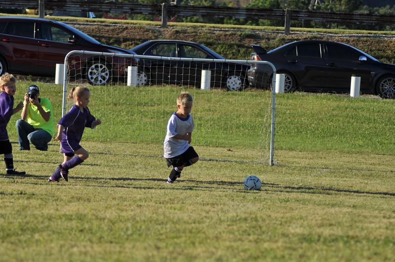 ayso-soccer-game2-0587.jpg