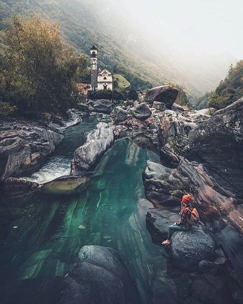 Verzasca river gorge and Lavertezzo from Ponte dei Salti. Source: @_marcelsiebert (Instagram)