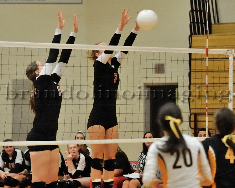 Lincoln-Way Central Varsity Girls Volleyball (2011)