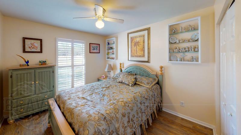 24430-NW-24th-Ave-Newberry-FL-Bedroom(2).jpg
