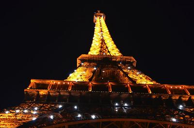 2012: France (Nous Flânons Autour Paris et Finistère)