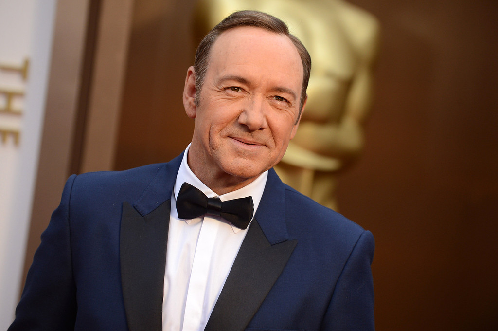 . Kevin Spacey arrives at the Oscars on Sunday, March 2, 2014, at the Dolby Theatre in Los Angeles.  (Photo by Jordan Strauss/Invision/AP)