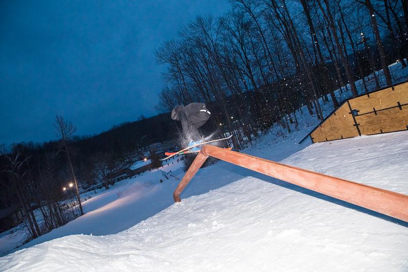 The-Woods_Snow-Trails-Mansfield-Ohio-8682.jpg