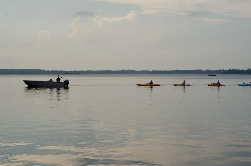 kayak_ladies-7680.jpg